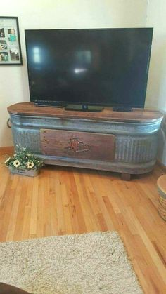 Reclaimed and Recycled Wood 2019 DIY Cinder Block TV Stand DIY Concrete Block Furniture Projects The post Handmade Rustic Corner Table/Tv Unit. Reclaimed and Recycled Wood 2019 appeared first on Metal Diy. Country Decor, Rustic Decor, Farmhouse Decor, Vintage Western Decor, Farmhouse Tv Stand, Vintage Farmhouse, Western House Decor, Country Sink, Barn Wood Decor