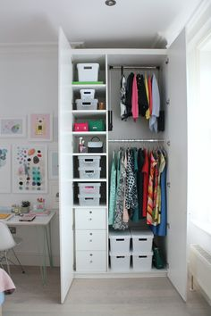 How to wardrobe makeover to blend in with your interiors decor. An aesthetically pleasing wardrobe has the same effect on how we feel as our home decor. Wardrobe Interior Design, Bedroom Closet Design, Room Ideas Bedroom, Home Room Design, Bedroom Decor, Wardrobe Room, Wardrobe Furniture, Wardrobe Ideas, Kids Bedroom Designs