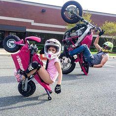 Motorcycle Baby, Biker Baby, Retro Motorcycle, Motorbike Girl, Motorcycle Design, Biker Girl, Motorcycle Paint, Motorcycle Helmets, Biker Halloween