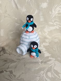 Crocheted igloo and the Penguins