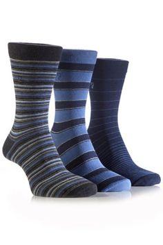 Farah Men's 3 Pair Classic Mixed Stripe Socks 7-12 Navy FARAH,http://www.amazon.com/dp/B00GOXH212/ref=cm_sw_r_pi_dp_8QWDtb0TRZ2RN02Z