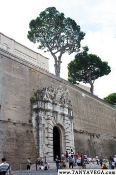 Vatican, Rome, Roma, Italy   Ватикан, Рим, Италия   (c) www.TANYAVEGA.com