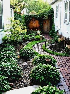 Front Yard Garden Design Simple Landscaping Ideas Around House Garden And Patio Narrow Side Yard Design With No Grass Trees Herb Plants Beside Brick Walkway Small Half Round Ponds Iron Fence Small Front Yard Landscaping, Landscaping With Rocks, Pool Landscaping, Small Patio, Small Yards, Landscaping Software, Large Backyard, Modern Landscaping, Landscaping Contractors