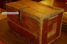 Primitive / Antique / Old Wooden Box / Chest / Tool / Rustic / Decorative