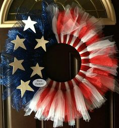 Patriotic wreath | cute idea!