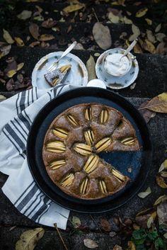 sollte sich bei euch malganz spontan besuch zu kaffee und kuchen ankündigen – dann lächelt einfach entspannt, besorgt ein paar zackig saure äpfel, und ready! steady! go! – euer köstlic…