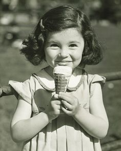 And until then, just walk around with your favorite scoop and cone. | 20 Vintage Photos That Will Make You Excited For Summer
