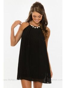 My Way Pleated Dress in Black