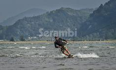 Lokasi Baru Wisata Kite Surfing