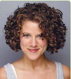 Madam Rosmerta – as I imagine her - GoHairstyles Short Curly Haircuts, Curly Hair Cuts, Permed Hairstyles, Curly Hair Styles, Natural Hair Styles, Curly Bob, My Hairstyle, Beautiful Long Hair, Hair Highlights