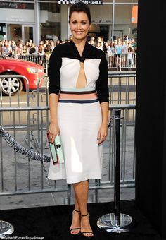 Scandal's Bellamy Young looked stunning at the If I Stay premiere in her black and white dress with colourful trim at the waist http://dailym.ai/1ljxJTe