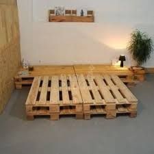 How To Make A Pallet Bed, Learn How To Make Pallet Furniture, You'll Love, Are Perfect mesadepallet to makepallet furniture # moveisdepallet Wooden Pallet Beds, Pallet Bed Frames, Diy Pallet Bed, Diy Pallet Projects, Pallet Furniture, Wood Pallets, Pallet Ideas, Palette Deco, Diy Bett