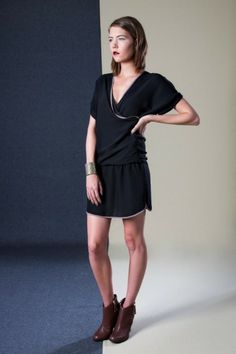 Alley Dress Classic Outfits, Simple Outfits, Ethical Fashion, Leather Shoes, Boutique, Model, Clothes, Collection, Black