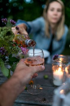 A Simple Evening: Summer's End   The Fresh Exchange Summer Photography, Outdoor Photography, Food Photography, Fresco, Outdoor Food, Rustic Outdoor, Outdoor Dining, Dinner With Friends, End Of Summer
