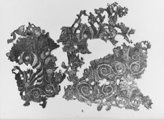 More very exotic-looking spiral decorated textiles from the Oseberg ship burial. Museum : Kulturhistorisk museum, UiO. MuseumNo : O1904_tekstil. InventoryNo : CfO0684.
