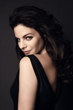 The Savelli muse Julia Restoin Roitfeld, photographed by Patrick Demarchelier.  http://www.savelli-geneve.com/en/friends/