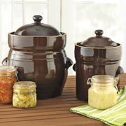 Giveaway: 5-Quart Fermentation Crock | Leite's Culinaria ~~Make sauerkraut, kimchi, pickled beets, cucumbers, cured ham and more, the traditional way without losing vitamins or flavor. Read more at http://leitesculinaria.com/95591/giveaways-5-quart-fermentation-crock.html#2UJWlEGZ6ZpD3T9T.99