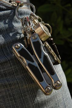 Tool Store, Product Photography, Key Rings, Edc, Pocket, Tools, Personalized Items, Accessories, Key Holder Job