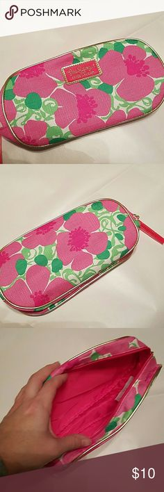 New Lilly Pulitzer Makeup Bag New Lilly Pulitzer Makeup Bag  New Lilly Pulitzer Bags Cosmetic Bags & Cases