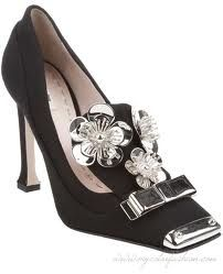 MIU MIU Flower detail shoe - I like them and I usually don't like too much frou frou