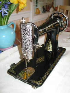 How to clean up a vintage sewing machine