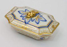 Streichholzschachtel um 1860, Porzellanmanufaktur F. A. Schumann Berlin Moabit, Weißporzellan mit f — Porzellan