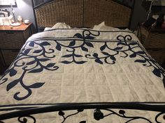 Quilts, Rugs, Bed, Furniture, Home Decor, Farmhouse Rugs, Decoration Home, Stream Bed, Room Decor