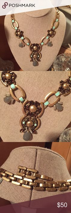 Livvy Necklace with Extender Gorgeous - I've kept this just on display in my collection, maybe worn 1x.  I don't see any signs of wear, metal is more of a brushed look than polished.  Great with jeans or dresses up for a special occasion Stella & Dot Jewelry Necklaces
