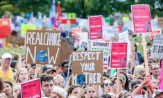 33% believed that the country where they live was contributing to climate change. International Energy Agency, Consumer Behaviour, Children Images, Save The Planet, Global Warming, The Guardian, About Uk, Climate Change, Behavior