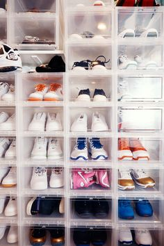 Pin By Trice Dye On 1 School Drive | Pinterest | Sneaker Heads, Ideas Para  And Room