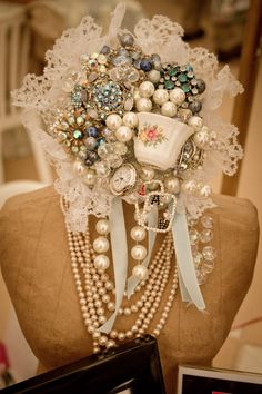 We Visited the Designer Vintage Bridal Show 2012!  more from this talented lady