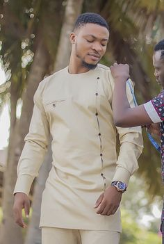 Image may contain: one or more people African Wear Styles For Men, African Shirts For Men, African Dresses Men, African Attire For Men, African Clothing For Men, African Male Suits, African Style, African Women, Nigerian Men Fashion