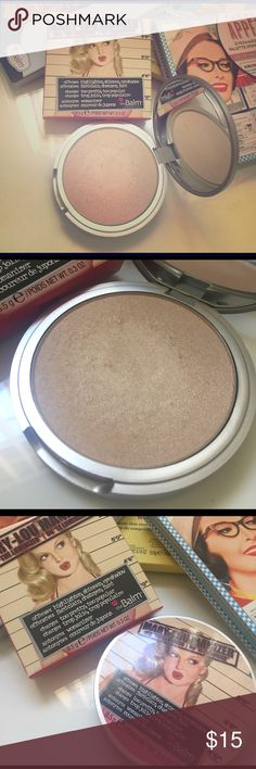 The Balm Mary-Lou Manizer Highlighter Lightly used Mary-Lou Manizer by the Balm. I used this maybe three times and realized that I don't ever wear highlighter. Product has. Even sanitized with Beauty So Clean cosmetic sanitizer mist. Comes with original packaging. the Balm Makeup Luminizer