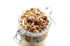 Barefeet In The Kitchen: How To Make Granola In The Crock-Pot