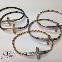 ¿Que color te gusta más? #pulsera #plata #cruz #color #silver #glitter #shinny #swalem Silver, Bangle Bracelets, Colors