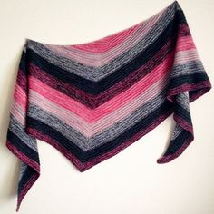 Ravelry: Project Gallery for Marled Wave pattern by Stephen West