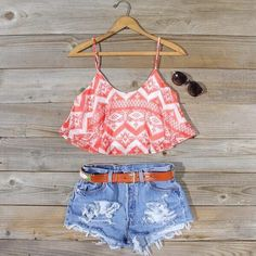 Shop from the best fashion sites and get inspiration from the latest aztec crop tops high waisted shorts. Fashion discovery and shopping in one place at Wheretoget. Cute Summer Outfits, Casual Outfits, Cute Outfits, Summer Clothes, Casual Summer, Summer Shorts, Dance Outfits, Short Outfits, Classy Outfits