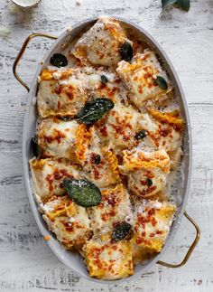pumpkin lasagna roll ups with crispy sage Lasagna Recipe Roll Ups, Lasagna Rolls, Pumpkin Lasagna, Butternut Squash Lasagna, Pumpkin Pasta, Pumpkin Spice, Cooking Recipes, Healthy Recipes, Pasta Recipes