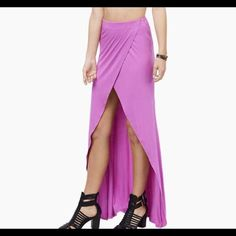 NEW Maxi Skirt Bought online so no tags. Smoke and Pet Free. Skirts Maxi