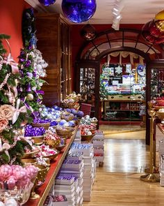 When do you let yourself think about the upcoming holiday season? For me once our Räbelichtli parade is done its all systems go! I want to enjoy December so want to get out of the way all the present stress. Visiting the Christmas store in Basel has me all excited.