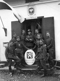 Polish soldiers in the Czech village of Komorní Lhotka