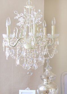 Leafy Ivory Crystal Chandelier @Layla Grayce #laylagrayce #lighting
