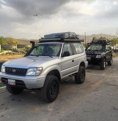 Toyota Land Cruiser 150, Jeep Wj, Camper Conversion, Cars And Motorcycles, Landing, 4x4, Sumo, Garage, Trucks