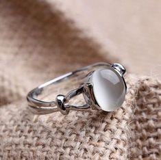 Sz 5/6/7/8/9/10 Bella's Band White Gold Gp Moonstone Women's Wedding Ring Bride