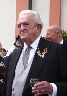 Max-Emanuel Ludwig Maria Herzog in Bayern, a.k.a. Max duque de Bavaria, n. 1937, cabeza de la familia propietaria de Tegernsee.