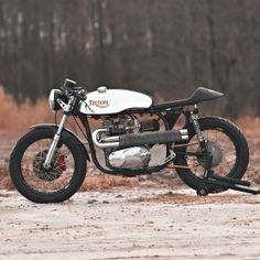 Loaded Gun Customs has built one of the best Triton motorcycles we've ever seen. Click through to see this and many more amazing customs on the Bike EXIF Instagram page at http://instagram.com/bikeexif