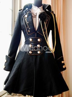 I usually am not drawn to gold (bronze, yes, yellow gold, no) but I love this military coat.
