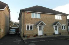 3 bedroom semi-detached house for sale in Reading, Berkshire - Romans Estate Agents