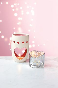 ♥♥♥ Perfekt zum Valentinstag: Die PartyLite Duftlampe und der Teelichthalter Herzklopfen ♥♥♥