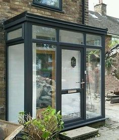Noble shared porch design architecture See how your business benefits Porch Flat Roof, Front Door Porch, Porch Doors, Front Porch Design, Porch Entry, Entryway, Extension Veranda, Porch Extension, Glass Extension